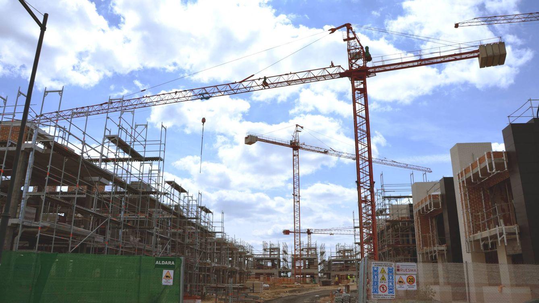 ¿Hay demanda para 150.000 viviendas nuevas anuales? Las cifras dicen que no