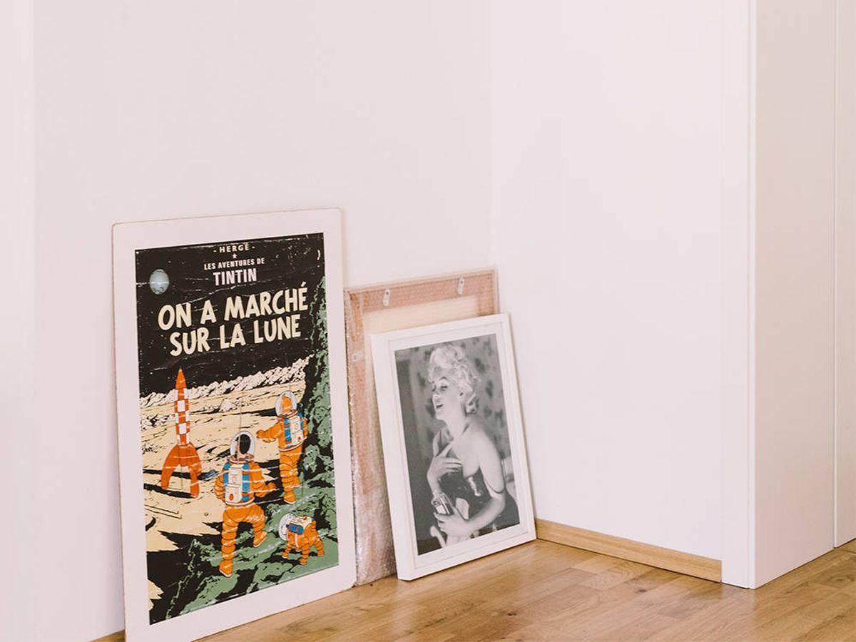 Foto: Pósteres vintage para dar un toque retro a las paredes de tu casa (Roman Kraft para Unsplash)