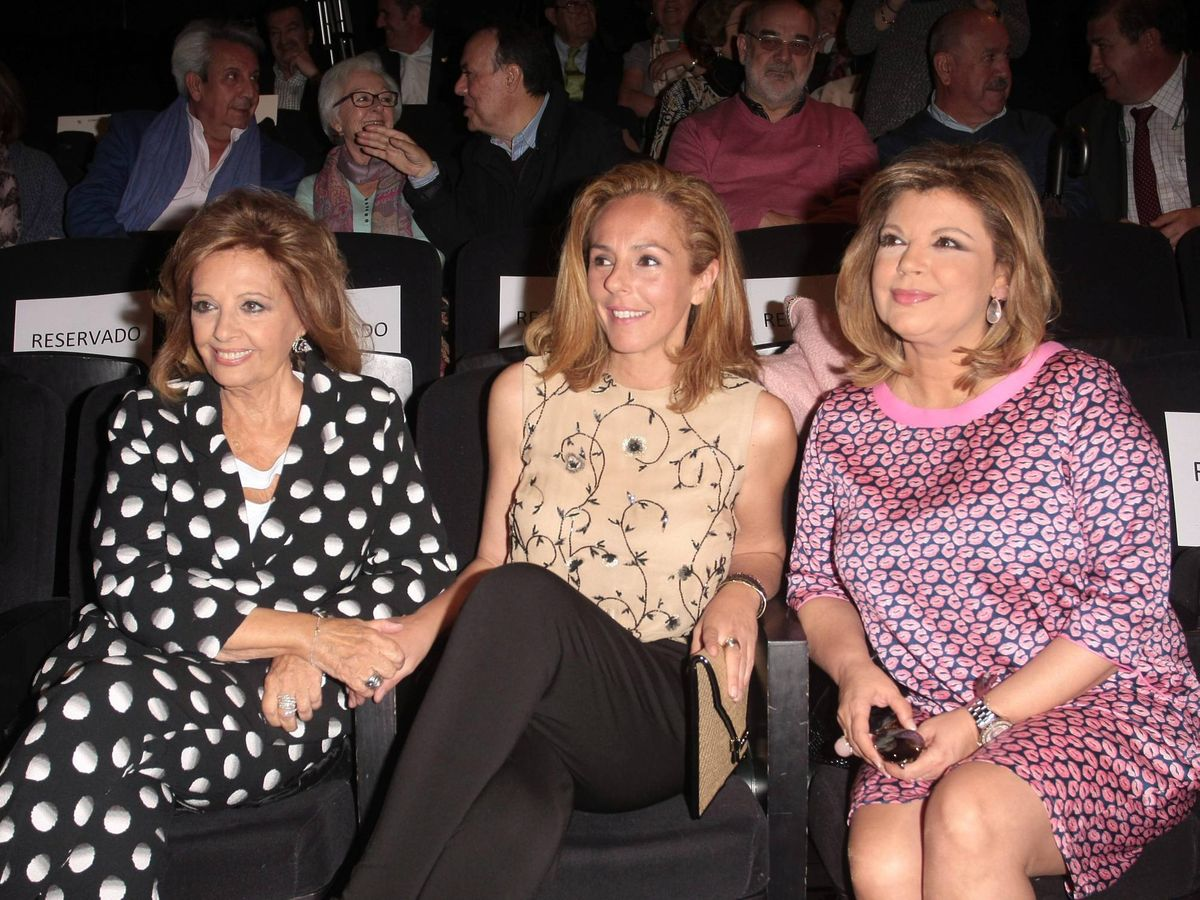 Foto: Rocío Carrasco, junto a María Teresa Campos y Terelu. (CP)