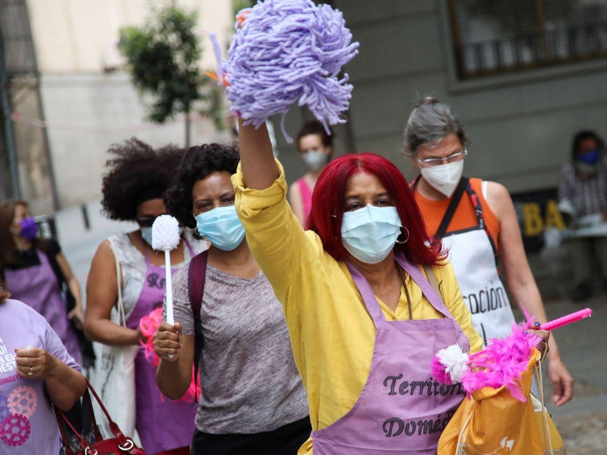 Foto: Protesta de trabajadoras del hogar este verano. (EFE)