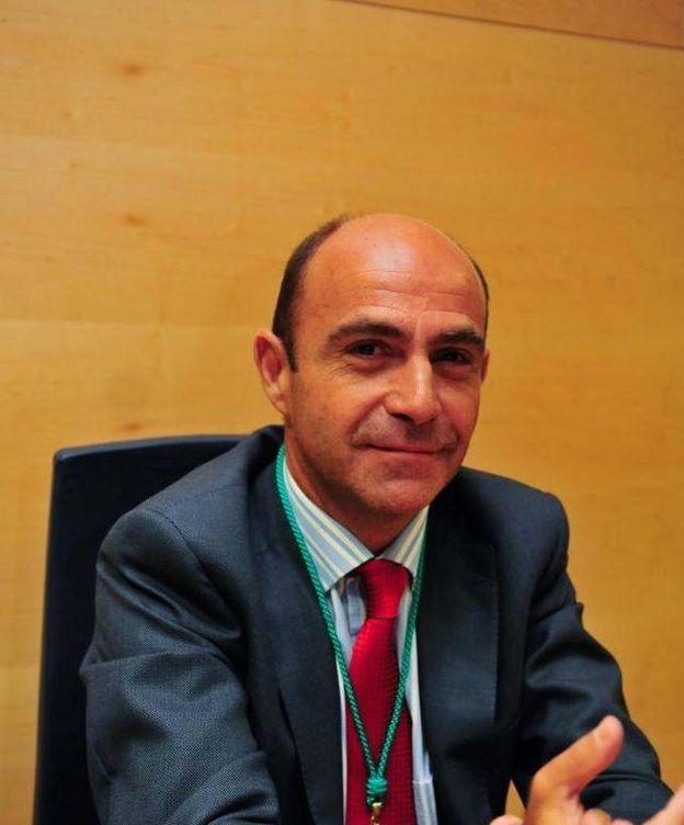 Foto: Francisco Sánchez, en su toma de posesión como concejal de Boadilla en 2011
