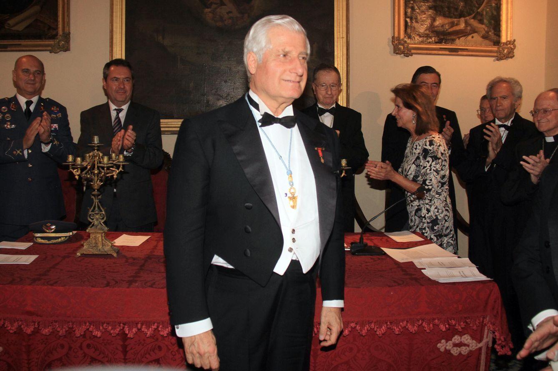Carlos Fitz-James se estrena como duque de Alba y académico de las Bellas Artes