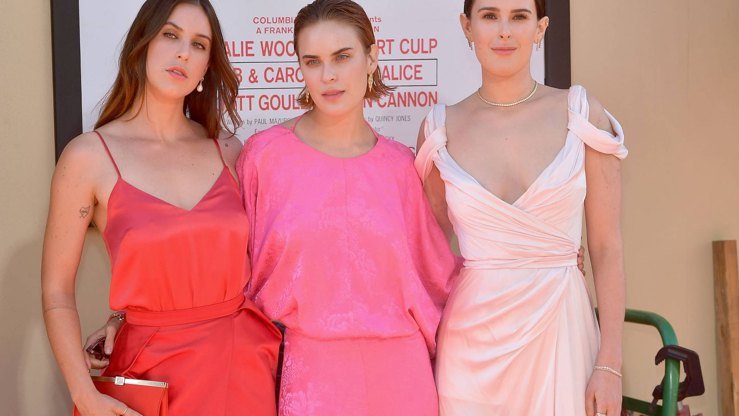 Scout WiIllis, Tallulah Willis y Rumer Willis, en la première de 'Once upon a time...In Hollywood'. (Getty)