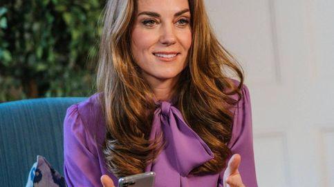 Kate Middleton y Máxima de Holanda,  rendidas ante la blusa con lazada de Gucci