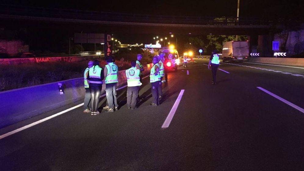 Foto: Muere atropellado un joven de 19 años en la autopista A-2. (Foto: Emergencias Madrid)