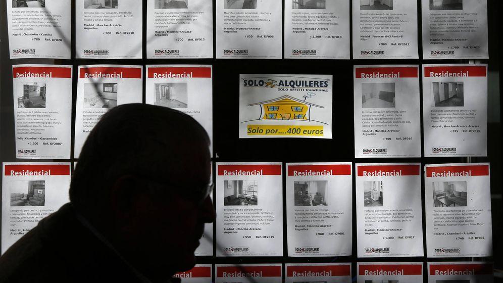 Foto: Una agencia inmobiliaria de Madrid. (Foto: Reuters).
