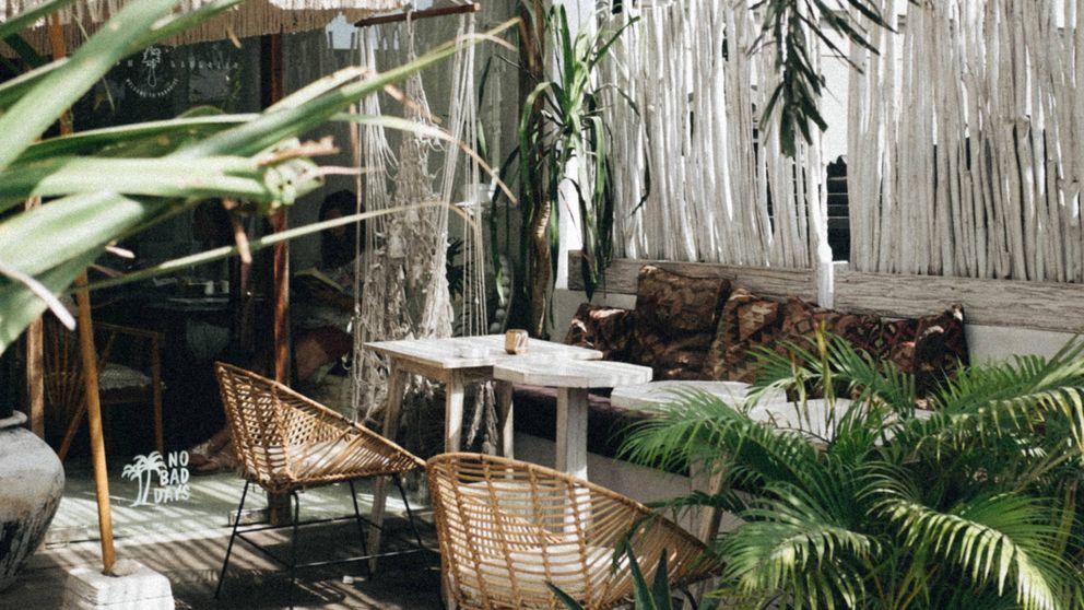 Muebles y decoración de verano para crear una terraza de estilo boho chic