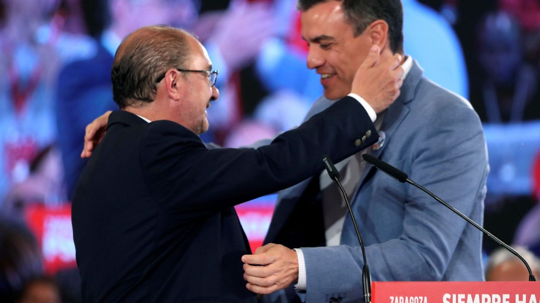 Iglesias allana el camino para el Gobierno de coalición con pactos con PAR y los gomeros