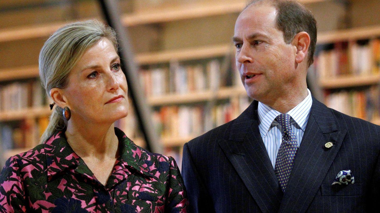 El príncipe Eduardo de Inglaterra, conde de Wessex, y su mujer Sophie, condesa de Wessex. (EFE)