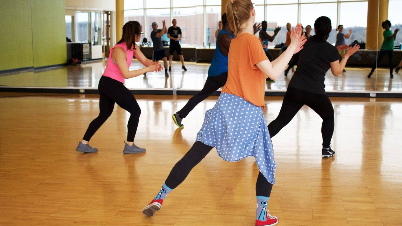 El ejercicio aeróbico hace que el corazón y los músculos trabajen durante más tiempo (Unsplash)