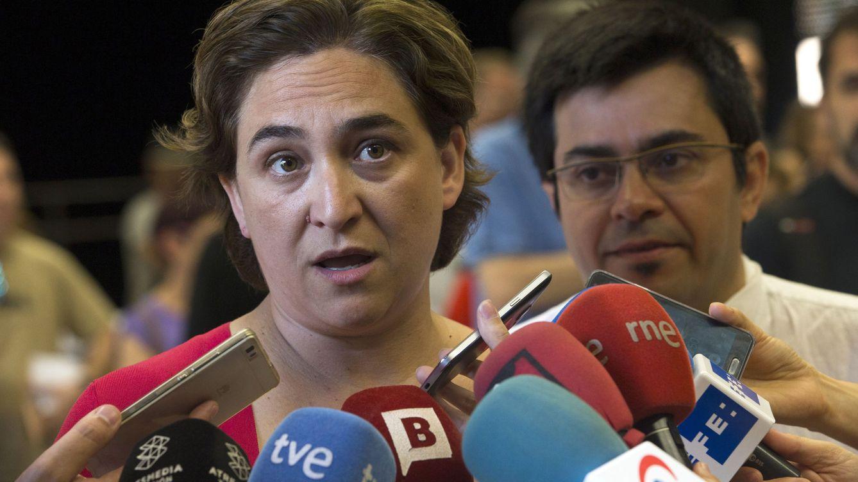 Ada Colau pide por carta a los barceloneses que denuncien los pisos turísticos ilegales