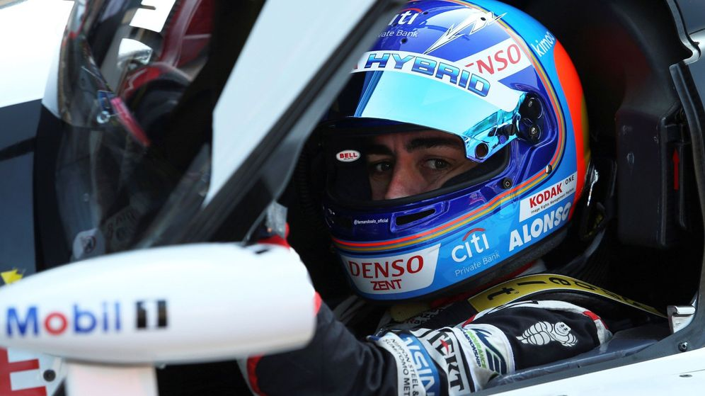 Foto: Fernando Alonso en su Toyota en Spa. (EFE)