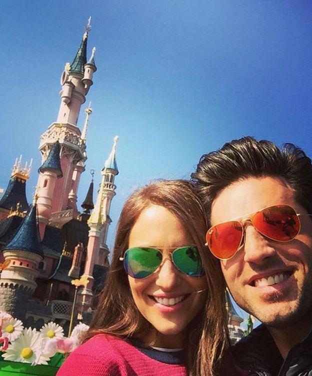 Foto: Instagram - Paula Echevarría y Bustamante celebran en Disney sus 10 años de amor