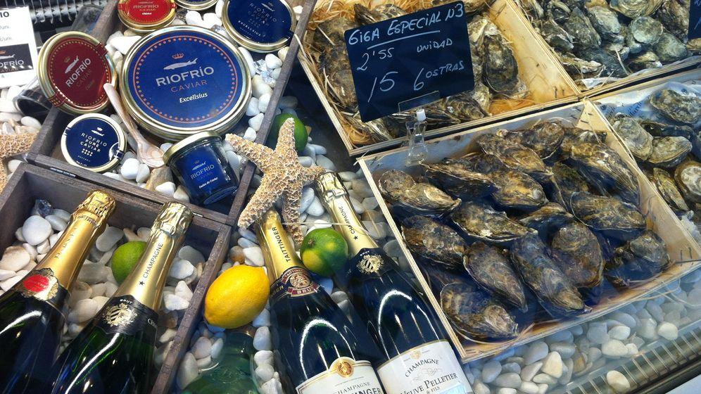 Foto: Las ostras están entre los productos que más han subido de precio a las puertas de la Navidad. (EFE)