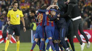 La gesta (gustara o no) del Barça ante el 'cagón' PSG y la teoría de Pérez-Reverte