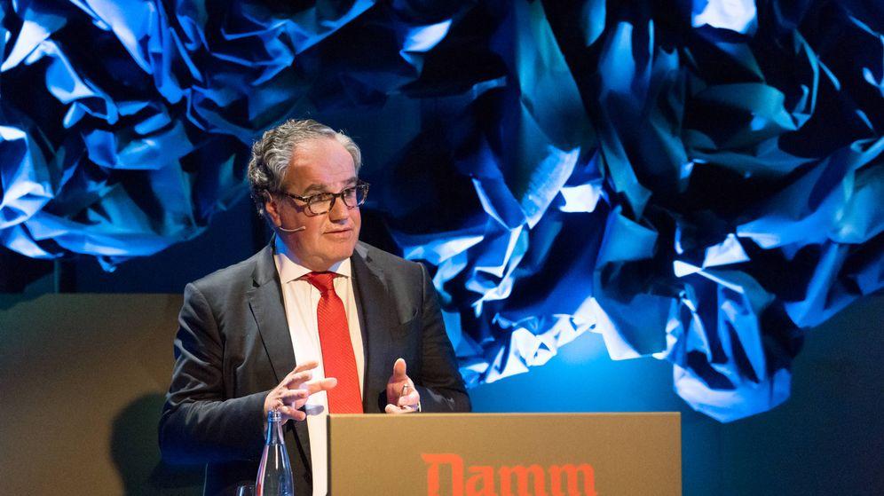 Foto: El presidente ejecutivo de Damm, Demetrio Carceller, durante la junta de accionistas. (Damm)