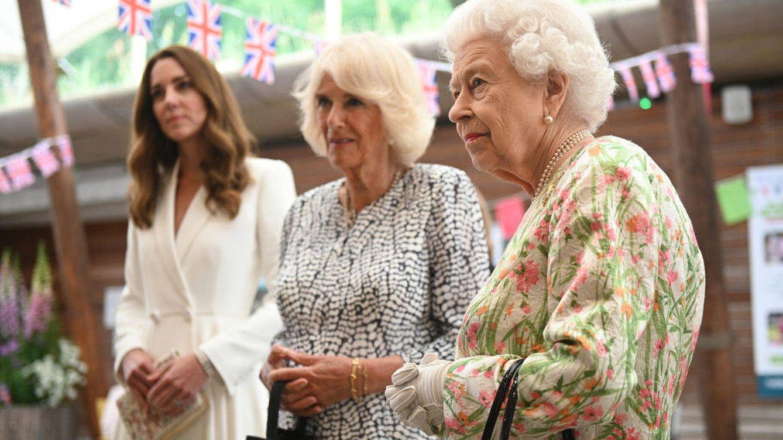 Isabel II, reina de los líderes mundiales con el apoyo de Kate Middleton y Camilla