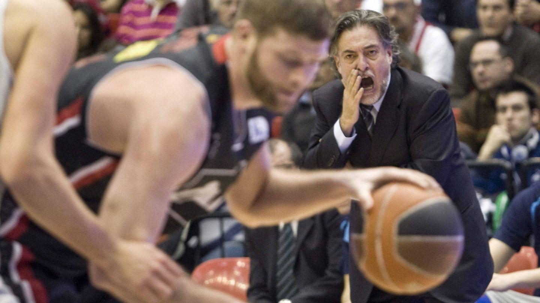 Pepu durante un partido de baloncesto. (Efe)