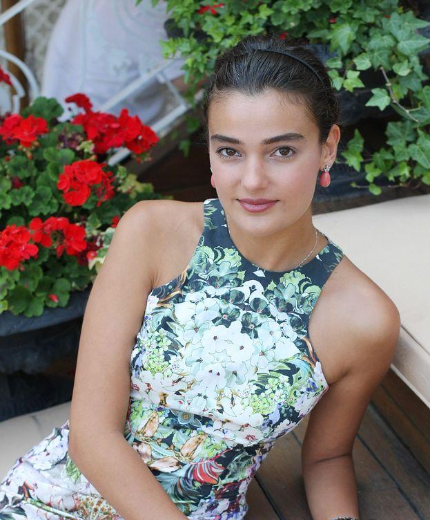 Foto: Merve Buyuksarac, la Miss condenada a prisión por insultar a Erdogan (EFE)