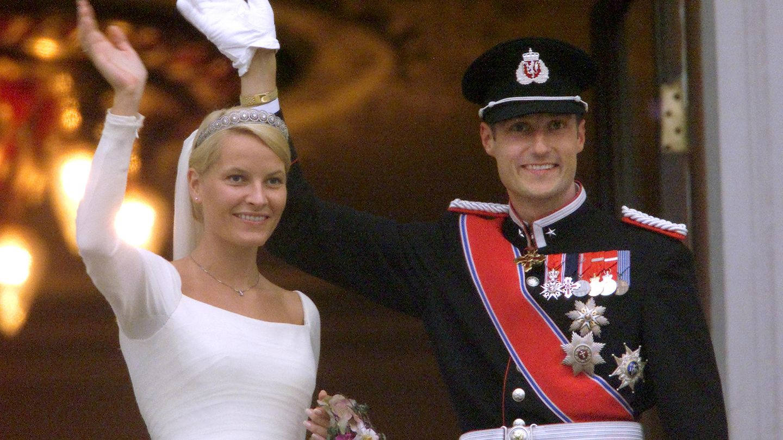 Mette-Marit y Haakon. (Reuters)