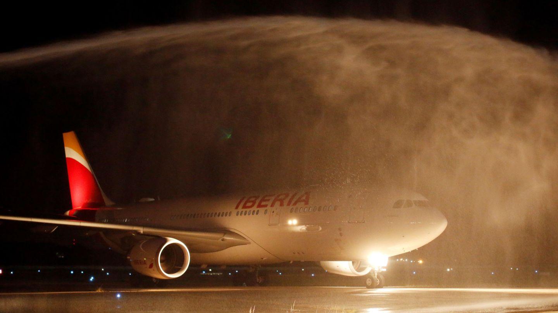 Iberia opera en 12 ciudades francesas. (EFE)
