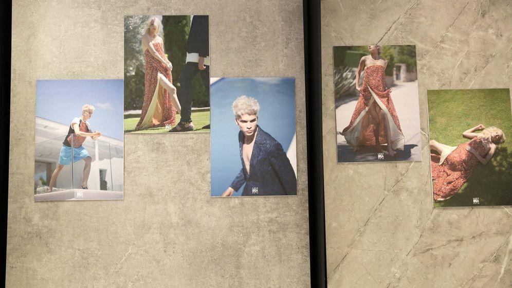 Foto: Brea presentó su colección de primavera en formato fotográfico sobre placas de Dekton en Cosentino City. (Imagen: Leticia Díaz)