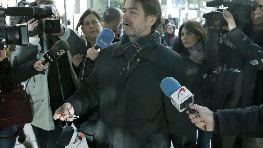 Foto: Oriol Pujol, tras declarar como imputado por las tramas de las ITV. (Efe)