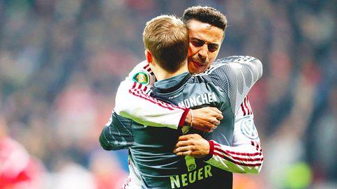 El fútbol vuelve a sonreír a Thiago, que clasifica al Bayern a semifinales