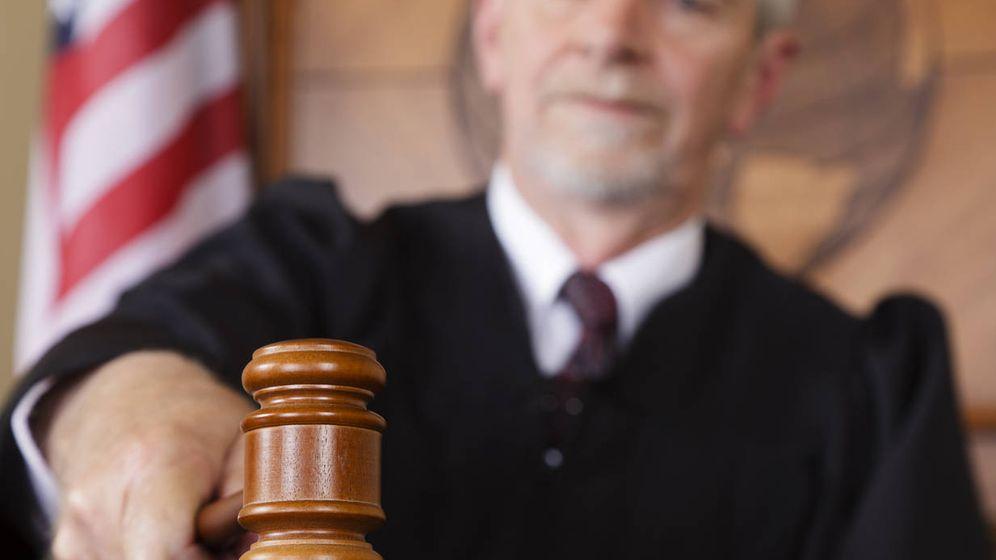 Foto: Un juez con una maza. (iStock)