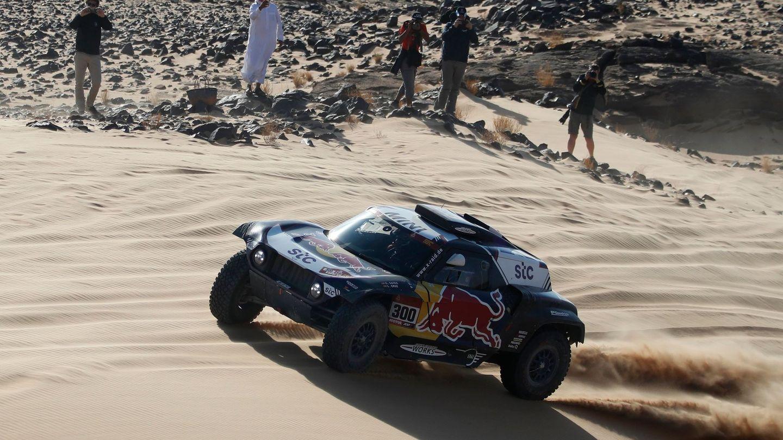 Sainz, durante la tercera etapa. (Reuters)