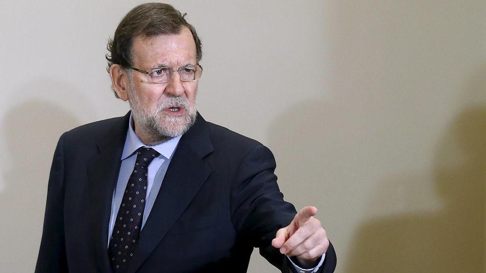 Moncloa intensifica su plan social y pide propuestas a Montoro, Soria y Báñez