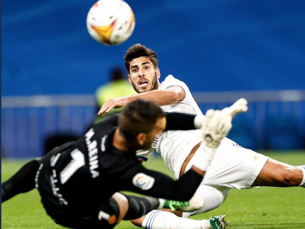 Foto: Marco Asensio finaliza la jugada en gol en el partido contra el Mallorca. (@realmadrid)