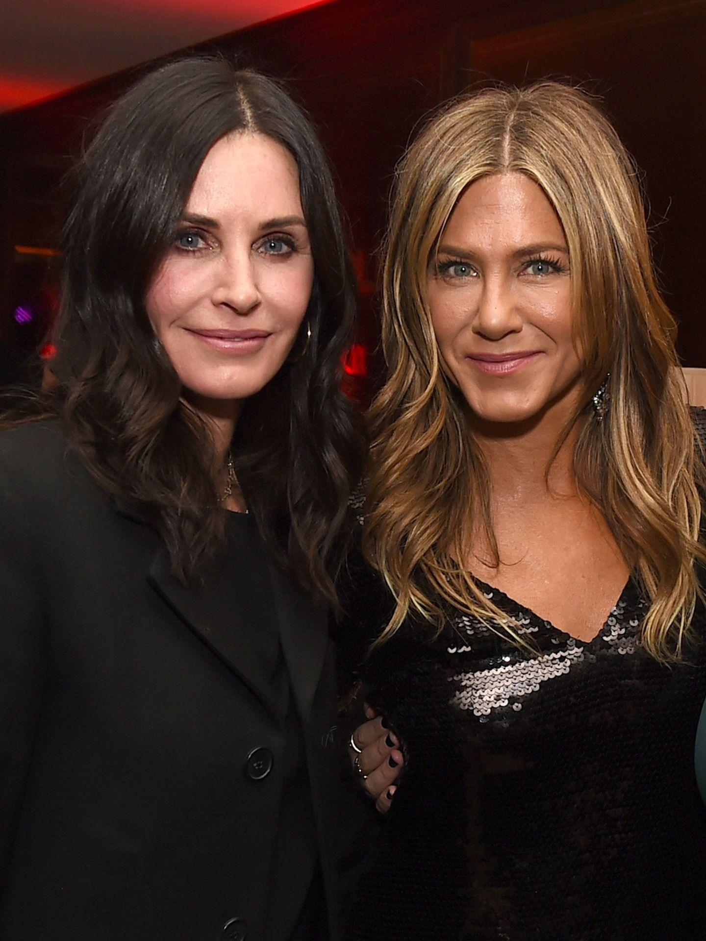 Courteney Cox y Jennifer Aniston. (Getty)
