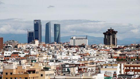 Mil millones de microplásticos flotan en el cielo de Madrid
