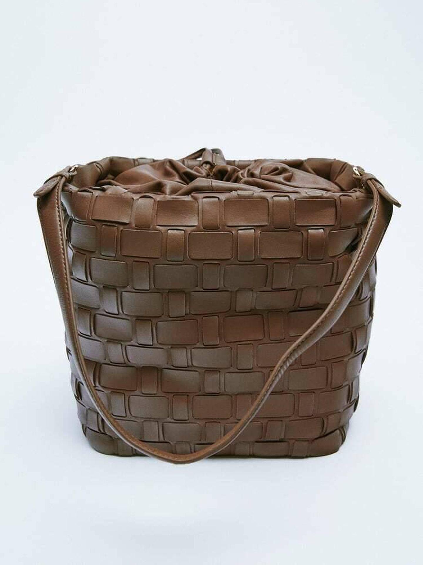 El nuevo bolso de Zara. (Cortesía)