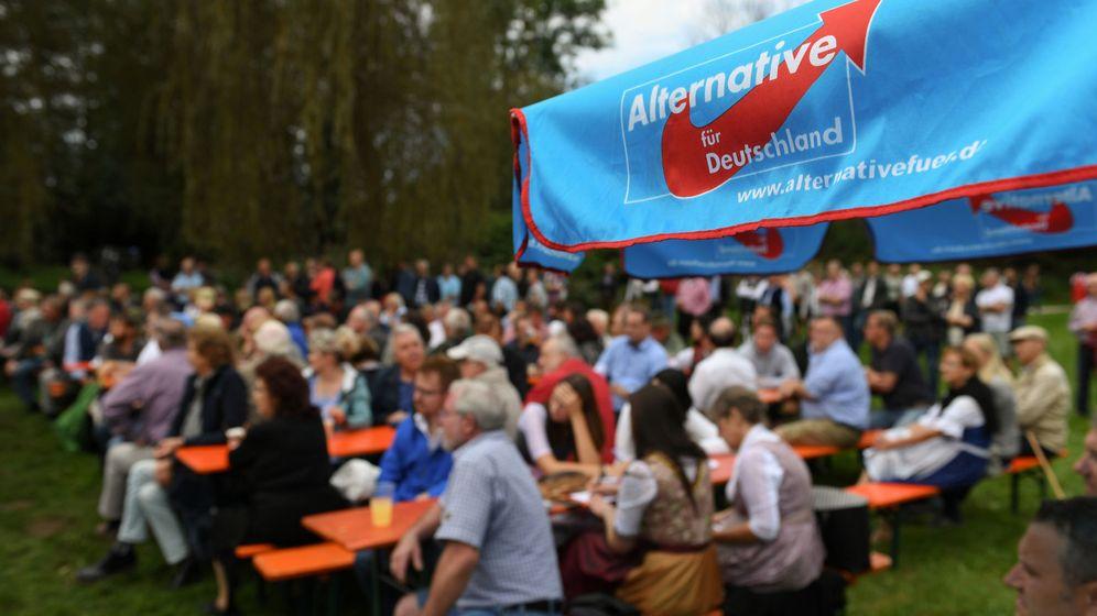 Foto: Fiesta de celebración poselectoral de Alternativa por Alemania en Bavaria. (Reuters)