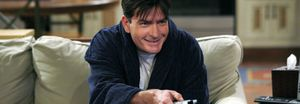 Charlie Sheen recibe una indemnización millonaria de Warner