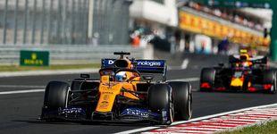 Post de El día en que Carlos Sainz 'meó en el pecho' a uno de los dos pilotos de Red Bull