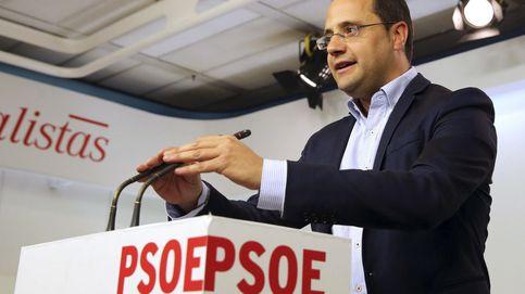 El PSOE acusa a Rajoy de ir a la desesperada porque su partido está en descomposición
