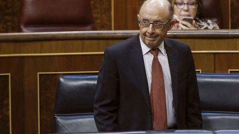 Los bufetes 'pescan' en Hacienda tras la reforma fiscal de Montoro