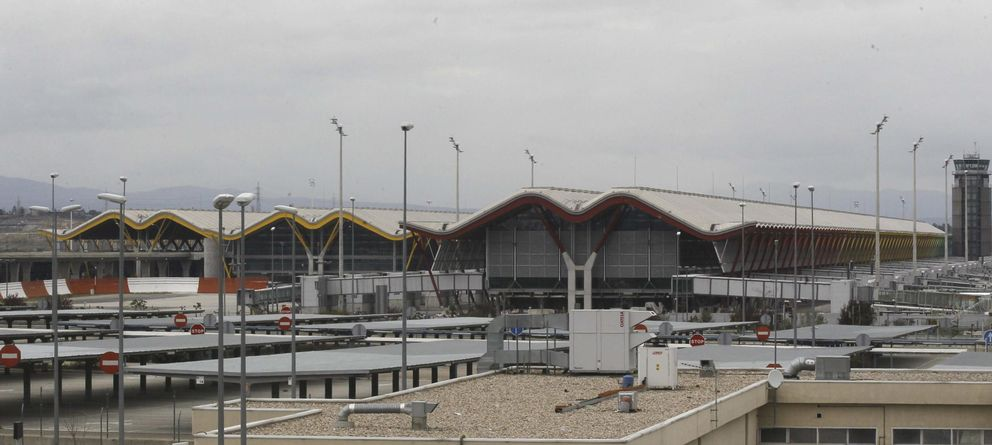 Foto: Vista del aeropuerto de Madrid (Efe)
