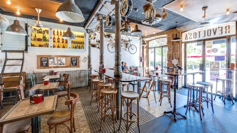 De La Retirada a La Revoltosa: cuatro bares estilosos para tomar el aperitivo en Madrid