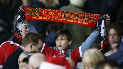 Van Gaal sigue con vida, pero la sombra de Mourinho es cada vez más alargada