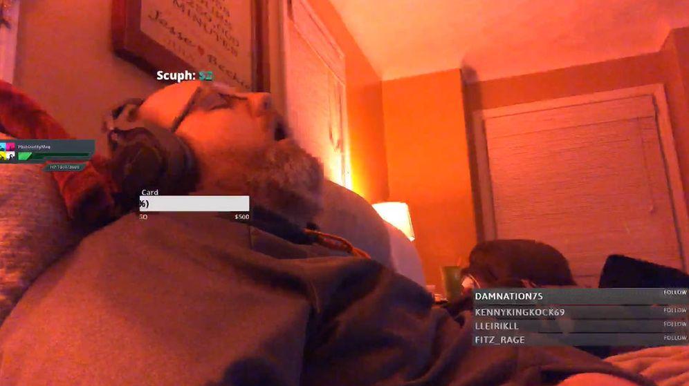 Foto: Jesse DStreams, poco antes de despertarse de su famosa siesta (Foto: Twitch)
