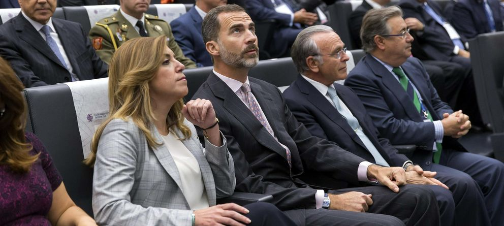 Foto: El rey Felipe VI junto a Isidro Fainé en la clausura del congreso anual de CEDE.