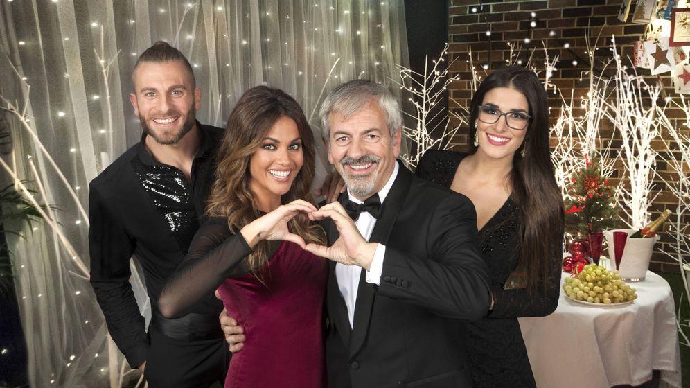 Foto: Lara Álvarez, Carlos Sobera, Matías Roure y Lidia Torrent (Mediaset España)