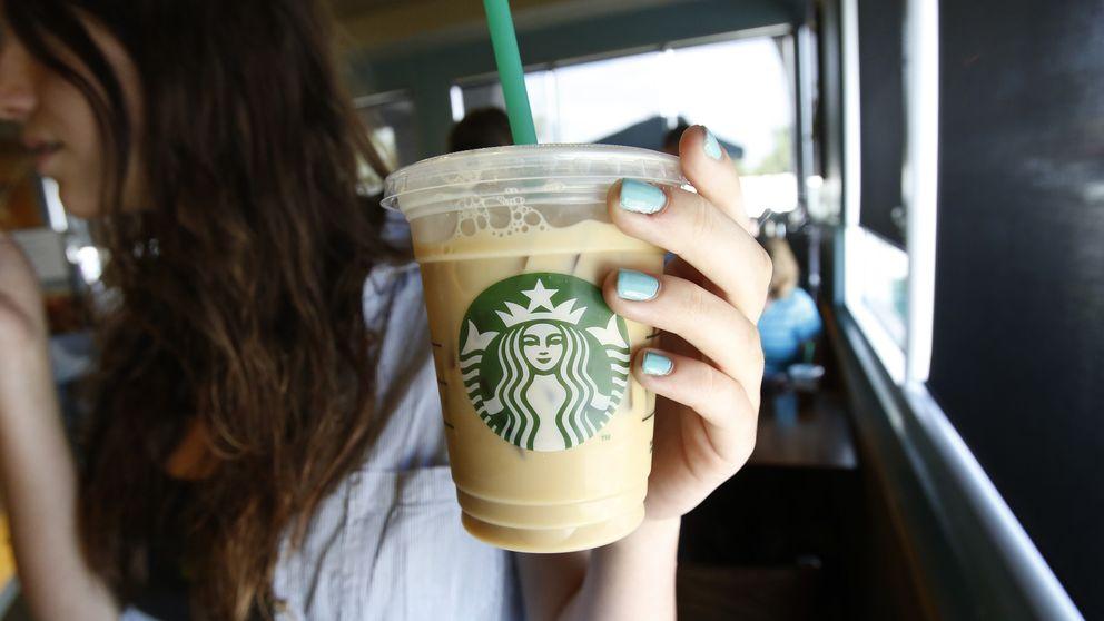 El artículo que ha conseguido que Starbucks cambie sus horarios