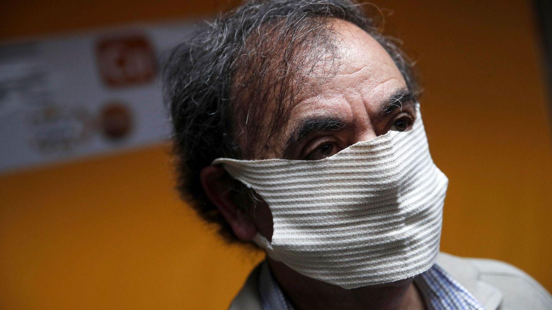 Mascarillas hechas con hilo de cobre en Chile. (Reuters)