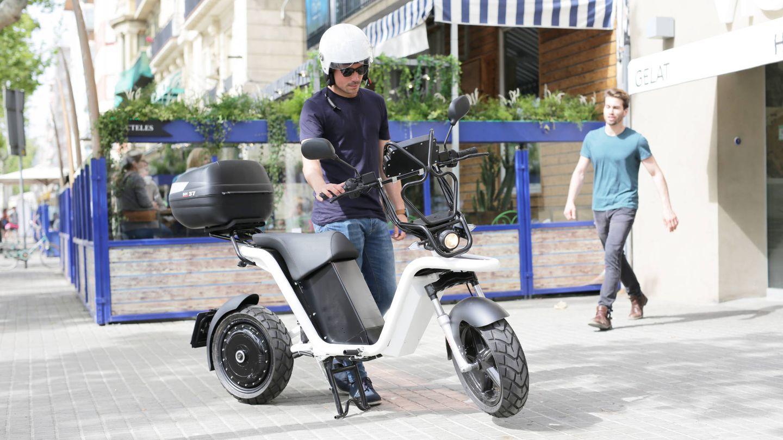 Una moto de IoScoot.