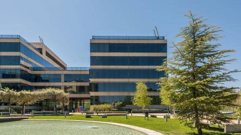 Partners, el accionista suizo de Tous, negocia comprar a Meridia cinco edificios de oficinas